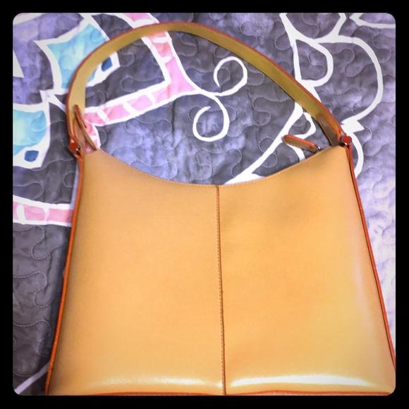 Mondani Handbags - Mondani butterscotch and orange purse